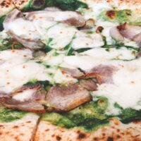 千住地域にあるナポリピッツア世界大会第3位の称号を持つアダッキオのピザを食べてきました